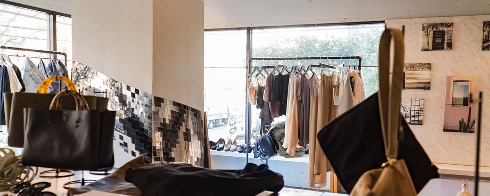 【メディア事業】フルフィルメント(ファッション) | 株式会社Candee