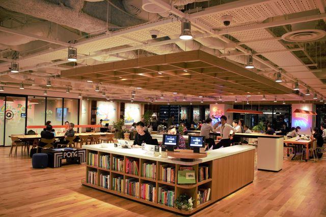当社の丸の内京橋Office(wework)です!