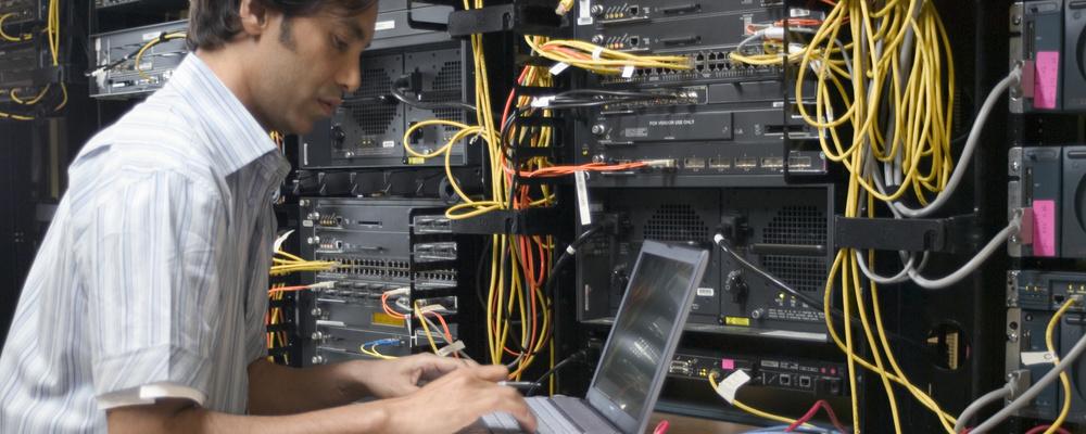 CCIE保有者だからできるネットワーク開発   NTTデータ ジェトロニクス株式会社