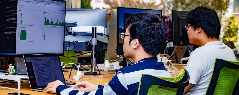 【フロントエンドエンジニア】柔軟に技術を組み合わせて、フロントエンドをより良い方向に導いてくれるかた | 株式会社コムニコ