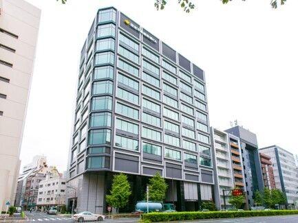 【新橋オフィス】最寄りの新橋駅からは徒歩6分。空気の澄んだ日は富士山が望めます。