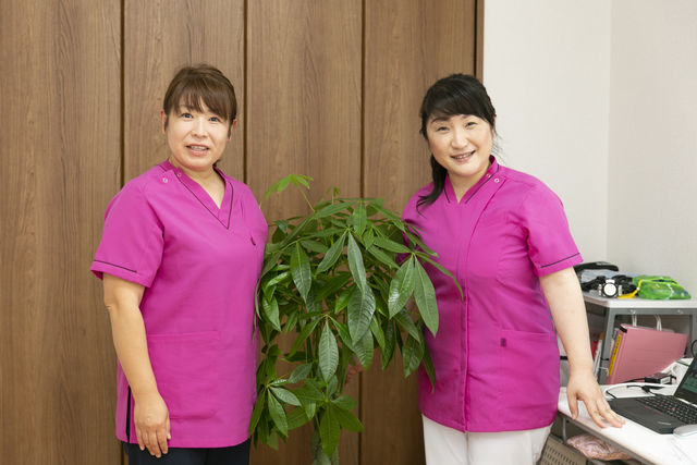 旭拠点の立ち上げメンバーの看護師です♪(右:石橋師長)