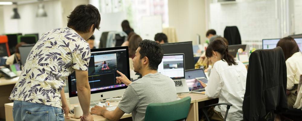 【コンテンツクリエイター】消費者と企業を繋ぐ、SNSアカウントの「中の人」 | 株式会社コムニコ